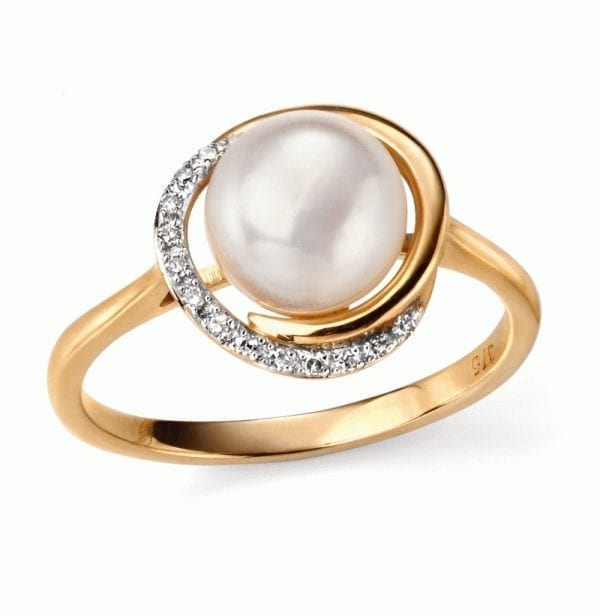 EG YG Button pearl and diamond ring
